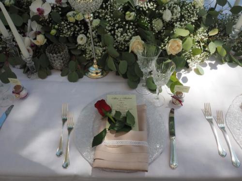 Allestimento del tavolo imperiale