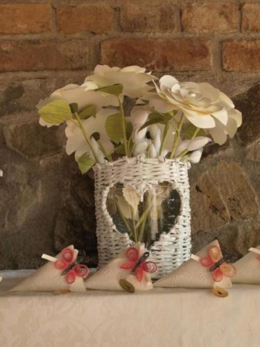 Battesimo per bambina fiori portaconfetti handmade