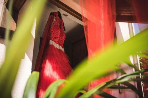 Weddintuscany-casa-della-sposa-abito-Wedding
